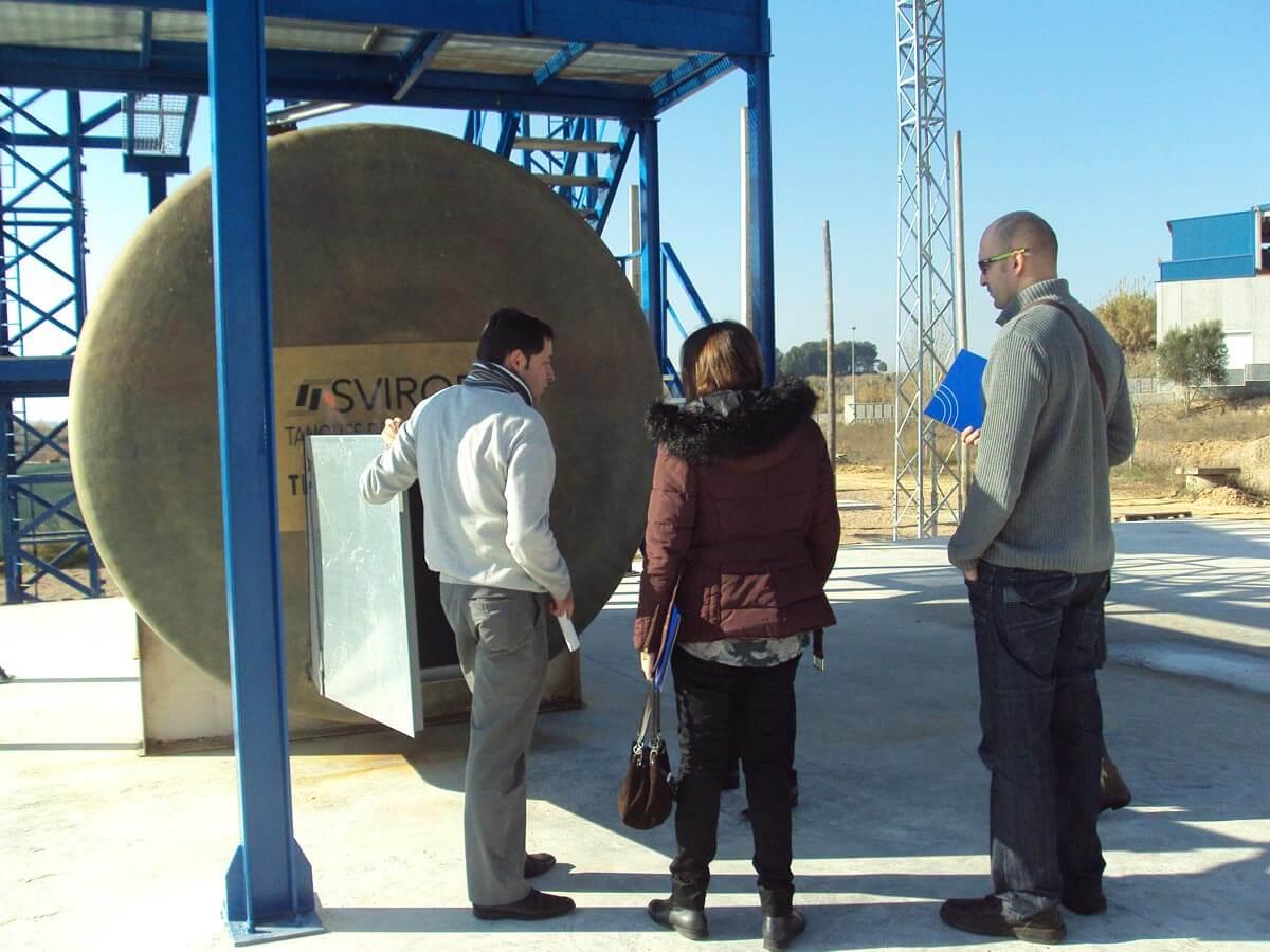 Instal·lacions exteriors del Centre Tècnic de Sant Esteve Sesrovires el dia de la Jornada de Portes Obertes