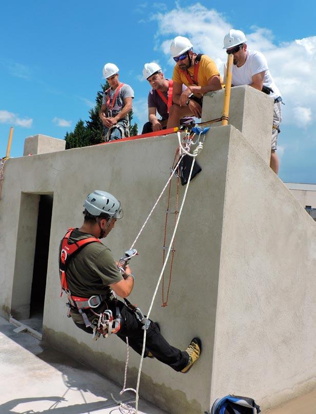 Curso de trabajos en altura en el Centro Técnico de Sant Esteve Sesrovires